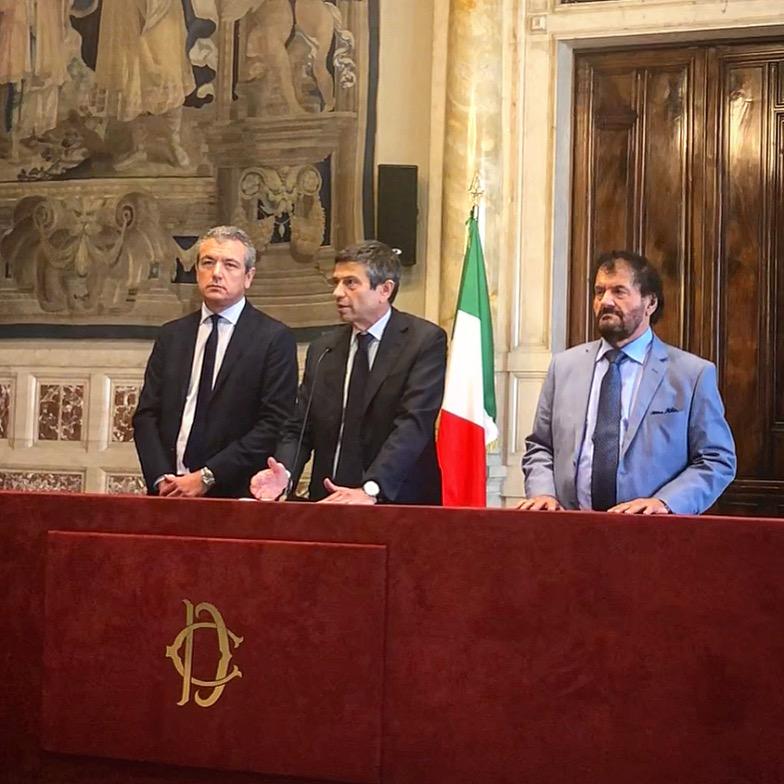 Noi con l'Italia-Usei non darà la fiducia al governo che si presenterà alle Camere. Faremo opposizione costruttiva